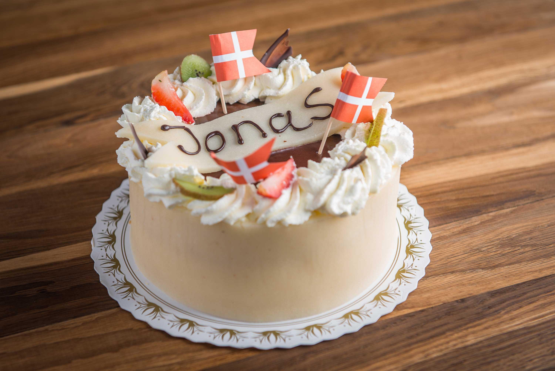 Bestil din fødselsdagskage hos os